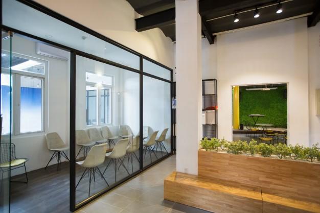 steklene-predelne-stene